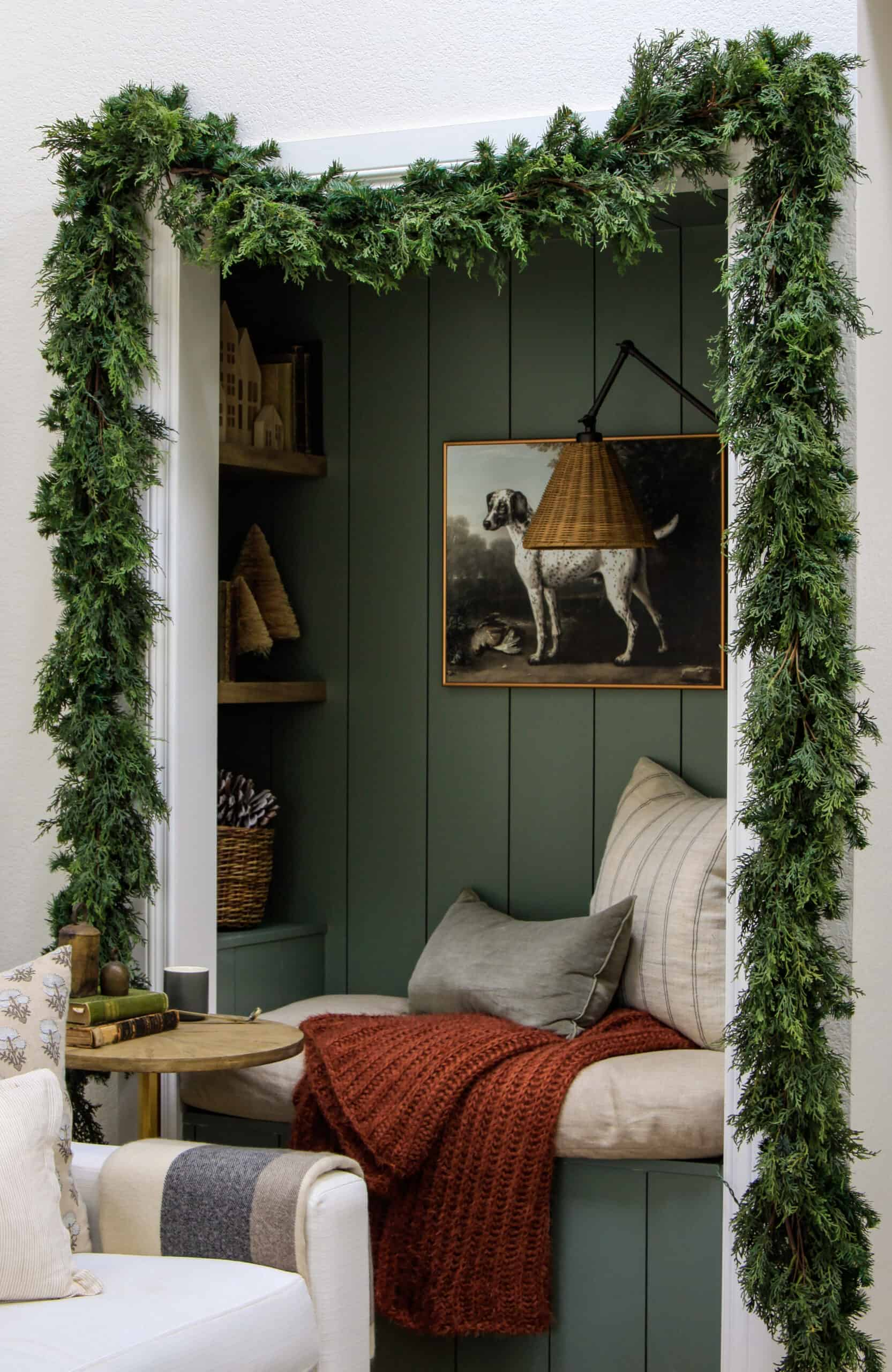 Reading nook with Christmas garland