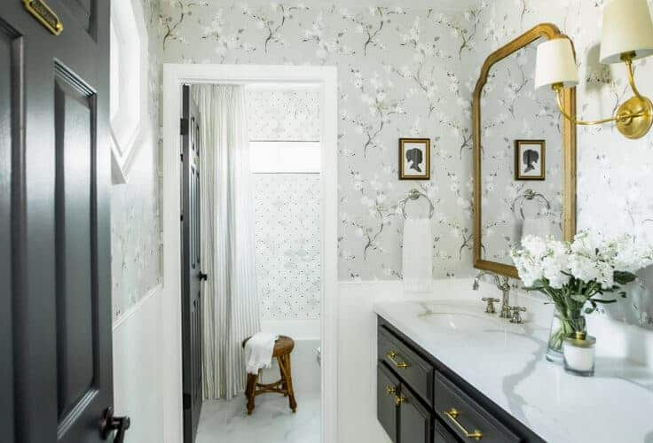 gray and black and white bathroom