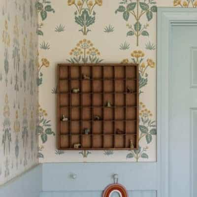 Creating an English Cottage Feel With Wallpaper