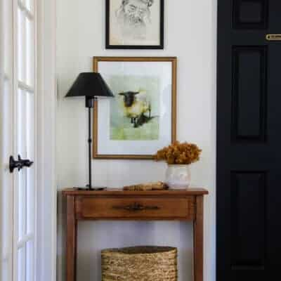 """Styling Thrifted Items to Create a Hallway """"Moment"""""""